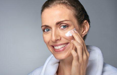 רטין-A, רטינול ורטינואידים – כיצד הם תורמים למראה העור ומה ההבדלים ביניהם?